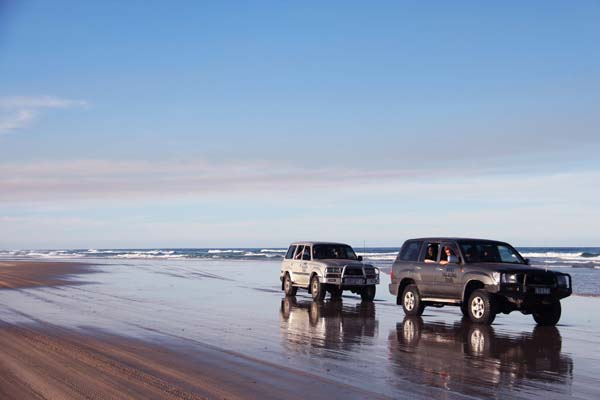 Fraser Island Tours - Tag-along self drive 4WD experience